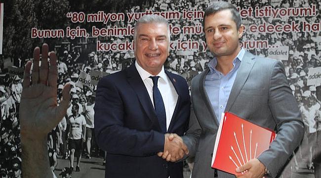 Cevat Durak İzmir Büyükşehir Belediye Başkan aday adaylığını açıkladı