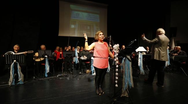 Konak'ta baharın gelişi şarkılarla kutlandı