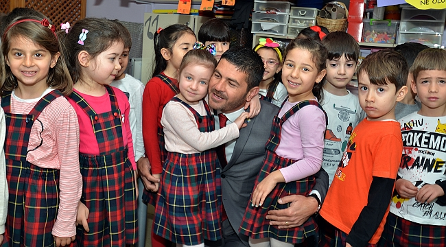 Başkan Gürbüz çocuklarla buluştu!
