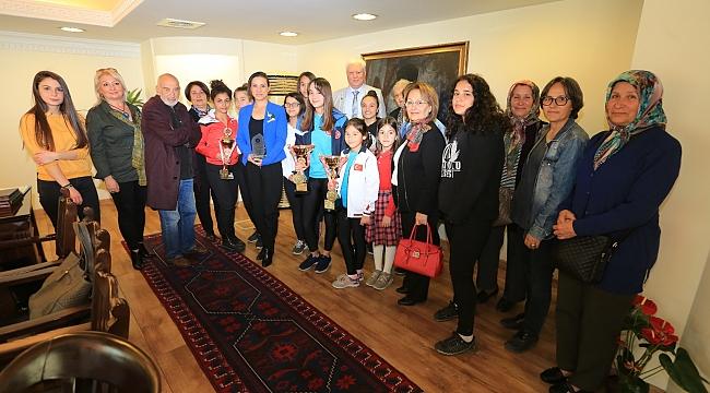 Başkan Sengel, yaptığı çağrıyla Türkiye'ye örnek oldu!