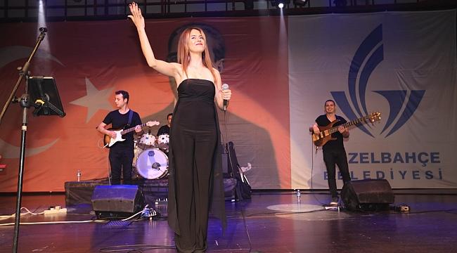 Güzelbahçe'de Merve Mete konseri!