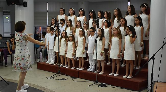 Narlıdere'de Çocuk Korosu'ndan muhteşem konser!