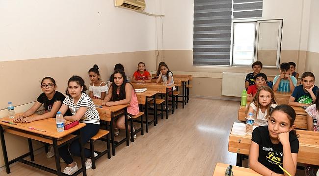 Çiğli'de öğrencilerden ÇİBEM'e yoğun ilgi!