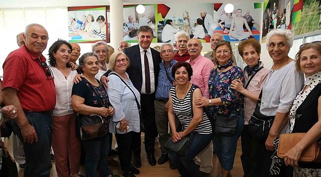 Karşıyaka'da 'Bilge Çınarlar' Başkan ile buluştu