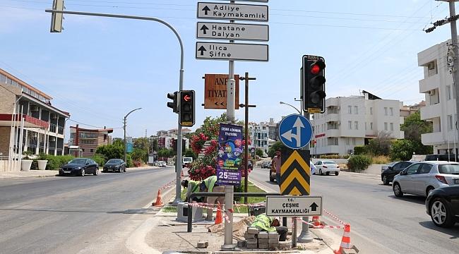 """Çeşme'de """"Akıllı"""" trafik sistemi için düğmeye basıldı"""