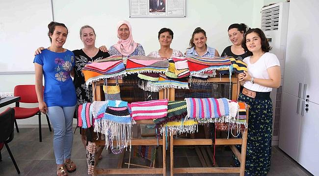 Karşıyaka Belediyesi, engelli öğrencileri de unutmadı