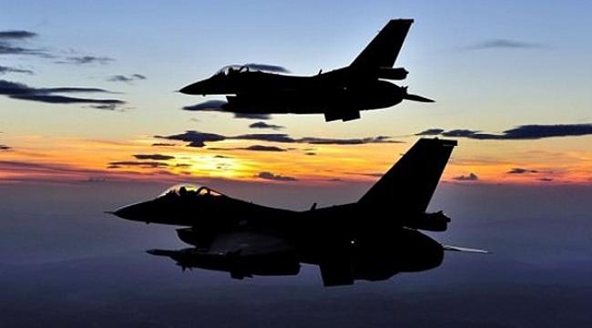 Türk savaş uçakları Kuzey Irak'ta PKK hedeflerini vurdu!