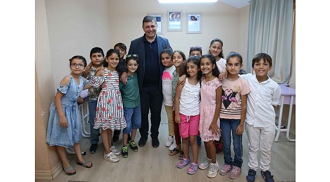 Karşıyaka Belediyesi, çocukları sanat ve sporla buluşturdu