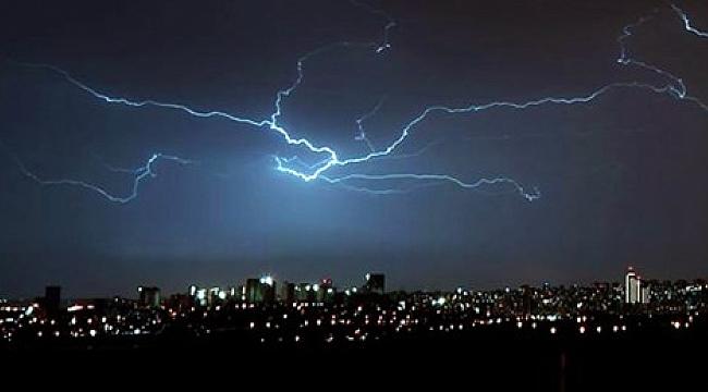 İzmirliler dikkat! Gök gürültülü sağanak yağış uyarısı!