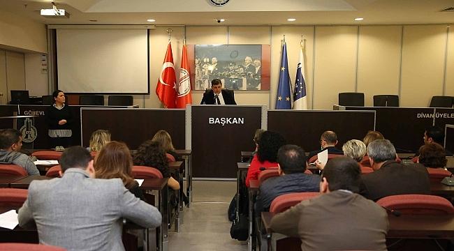 """Karşıyaka ve İzmir Barosu'ndan """"Hak Arama Merkezi"""""""