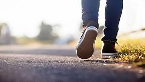 """""""Hatalı duruş ve topallayarak yürüyüşe neden olmakta"""""""