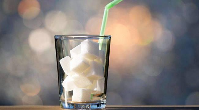 Erkeklerin Şekerli İçecek Tüketimi Daha Fazla