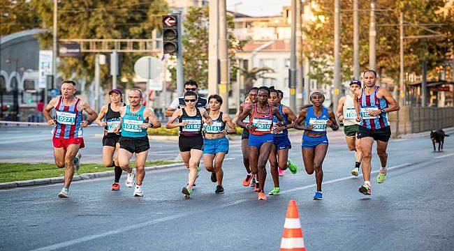 İzmir Yarı Maratonu'nda rekor heyecanı