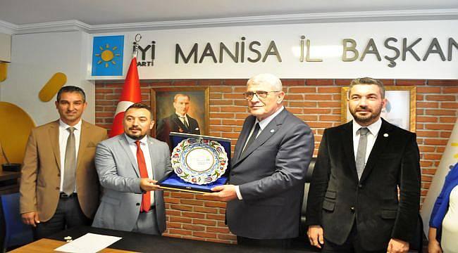 Müsavat Dervişoğlu, Manisa'da gündemi değerlendirdi